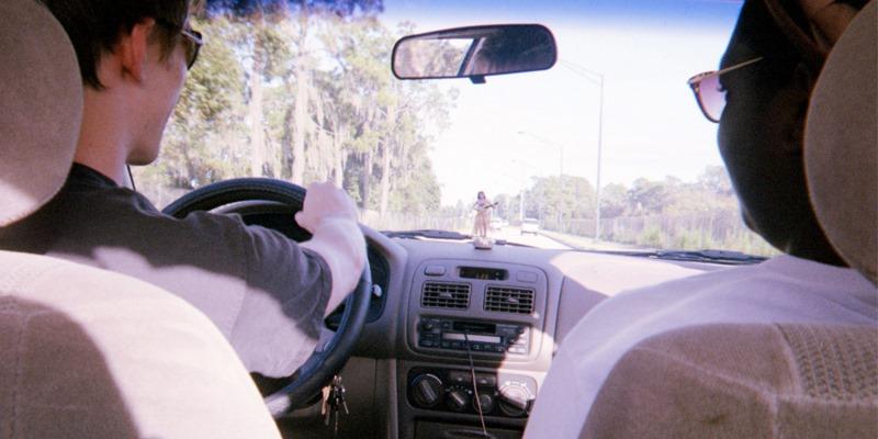 conduciendo-oyendo-audiolibro