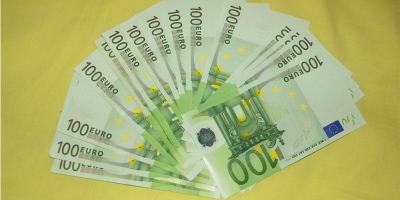 farina-dinero-negro