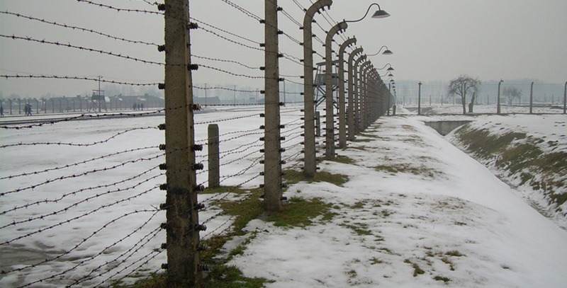 alambrada-campo-de-concentracion-nazi