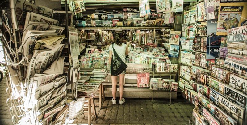 kiosko-con-prensa-italiana