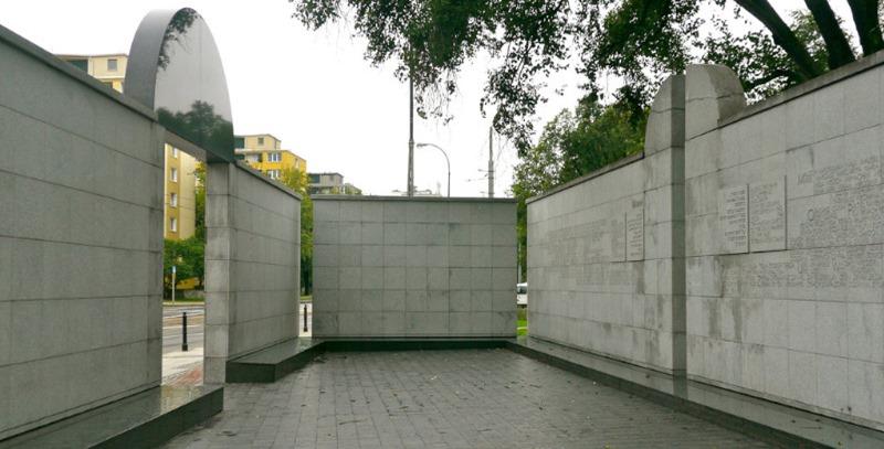 monumento gueto judio de varsovia