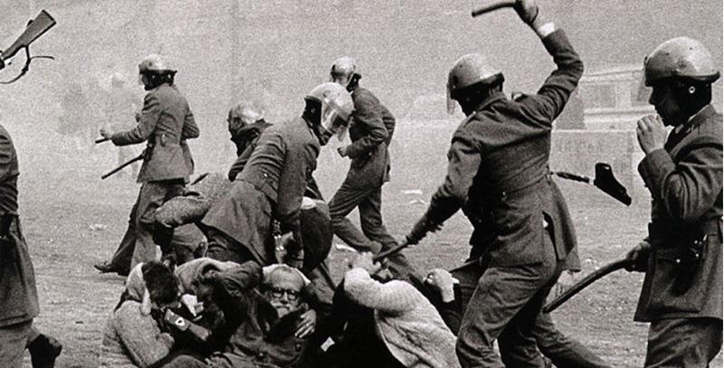 grises-golpeando-ciudadanos