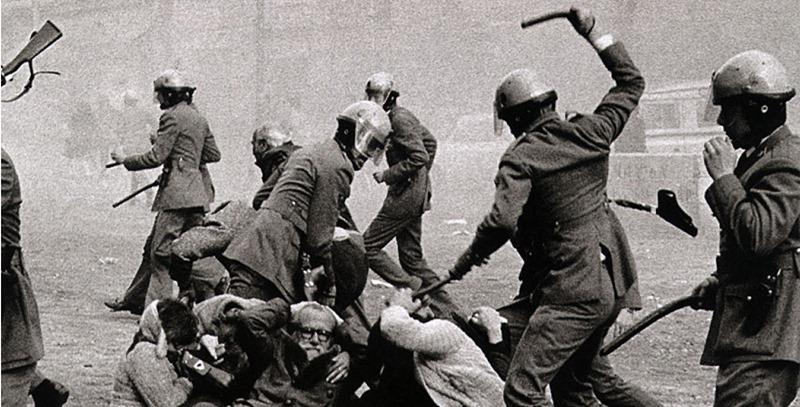 grises-golpeando-a-ciudadanos