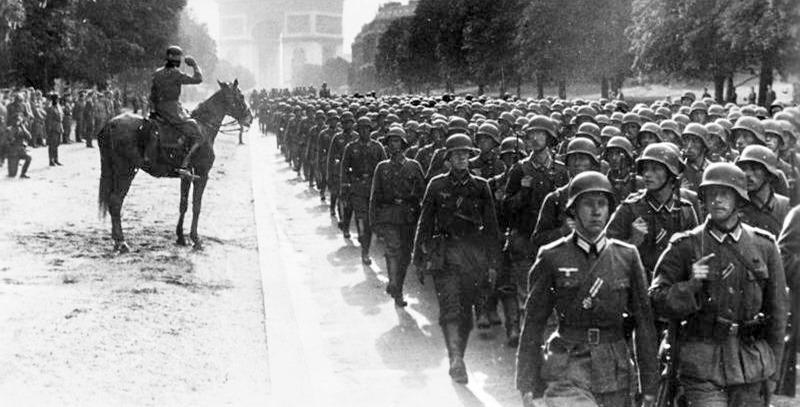 parada-militar-alemana-avenida-foch