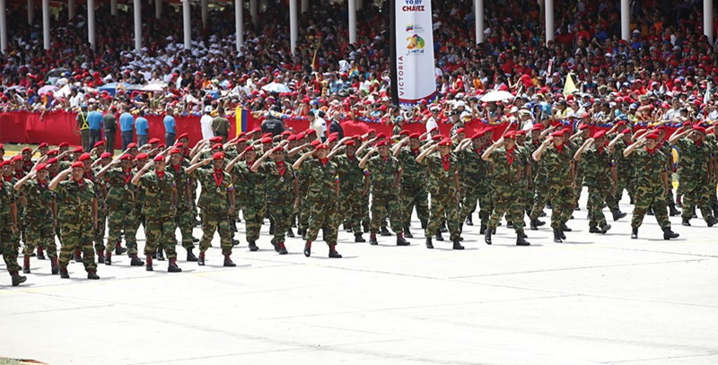 desfile-militar-caracas