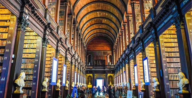 panoramica-book-of-kells