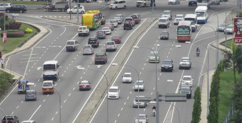 autopista-con-trafico