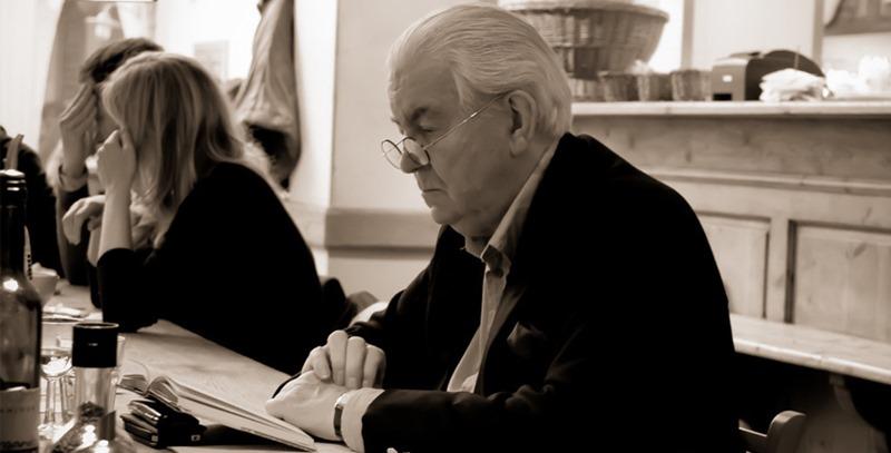 hombre-mayor-leyendo