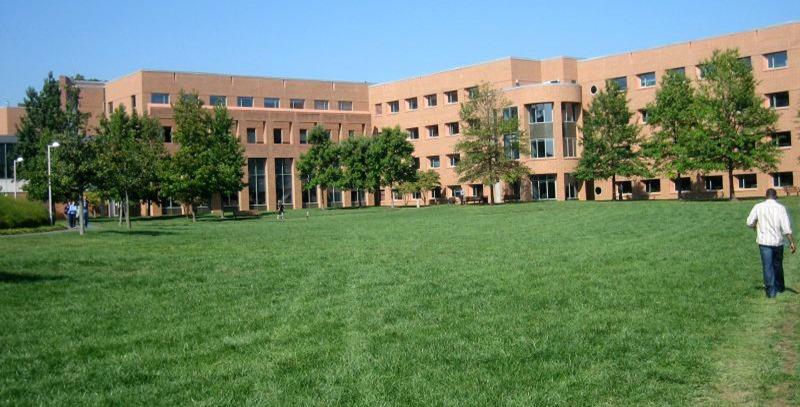 campus-universitario-maria-duenias
