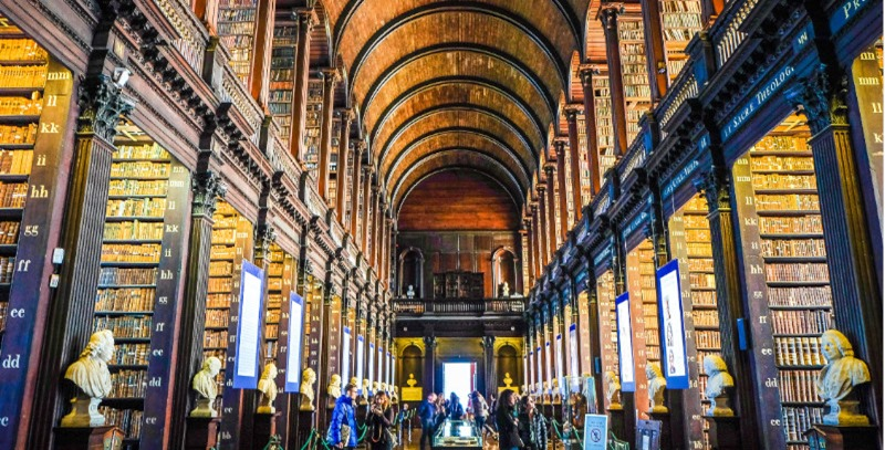 book of kelss trinity college dublin